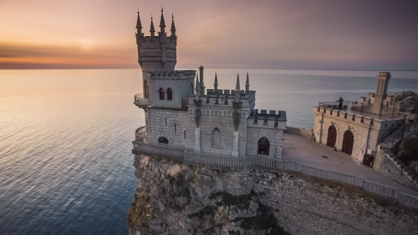Swallow's-Nest-in-Yalta